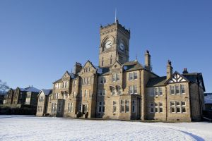 chevin clock tower snow image 4 november 27 2010 sm.jpg
