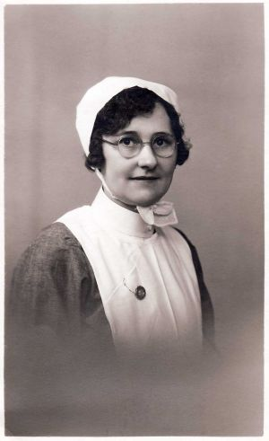 mary_annice_squires_born_6th_september_1909_nee_silverwood_sm.jpg