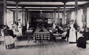 ward dining room 1900.jpg